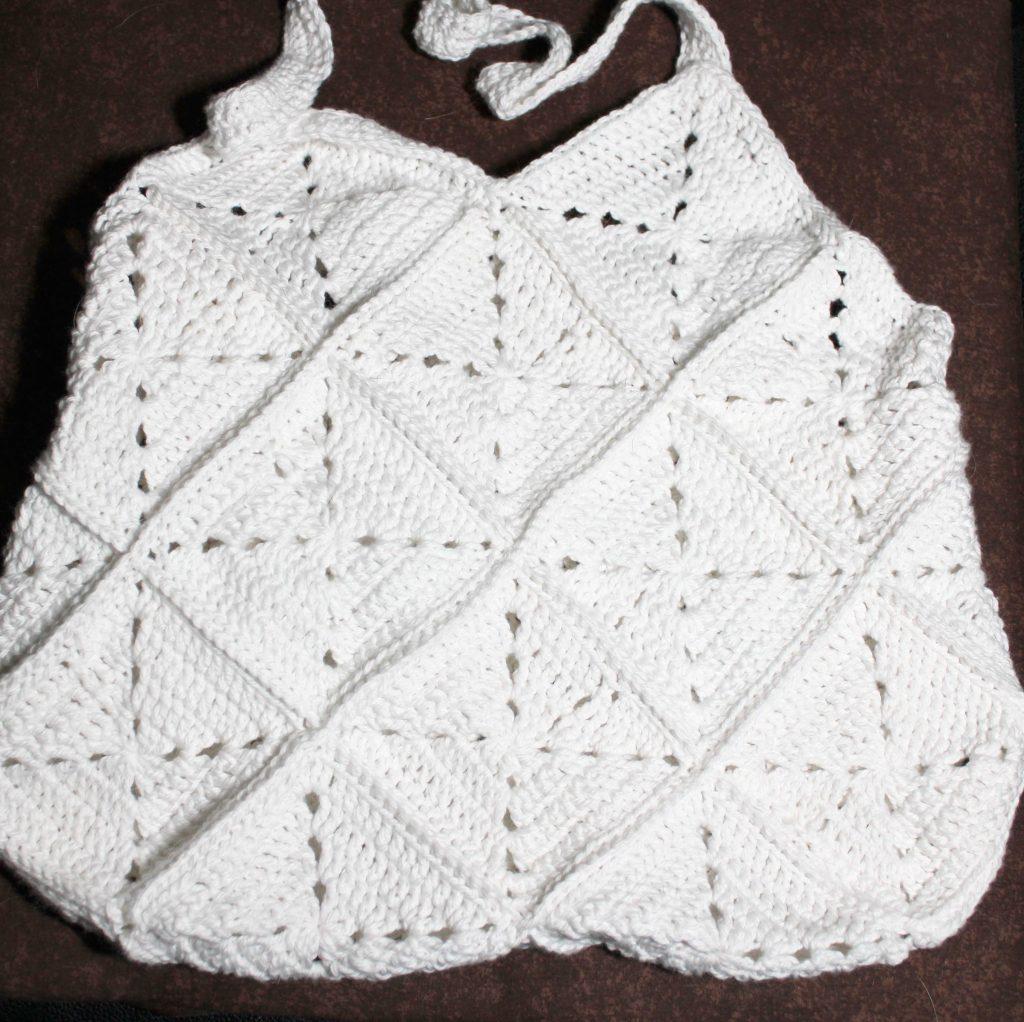 a photo of a white bag